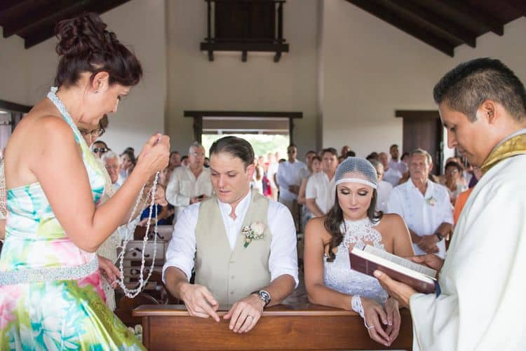 Costa Rica wedding ceremony