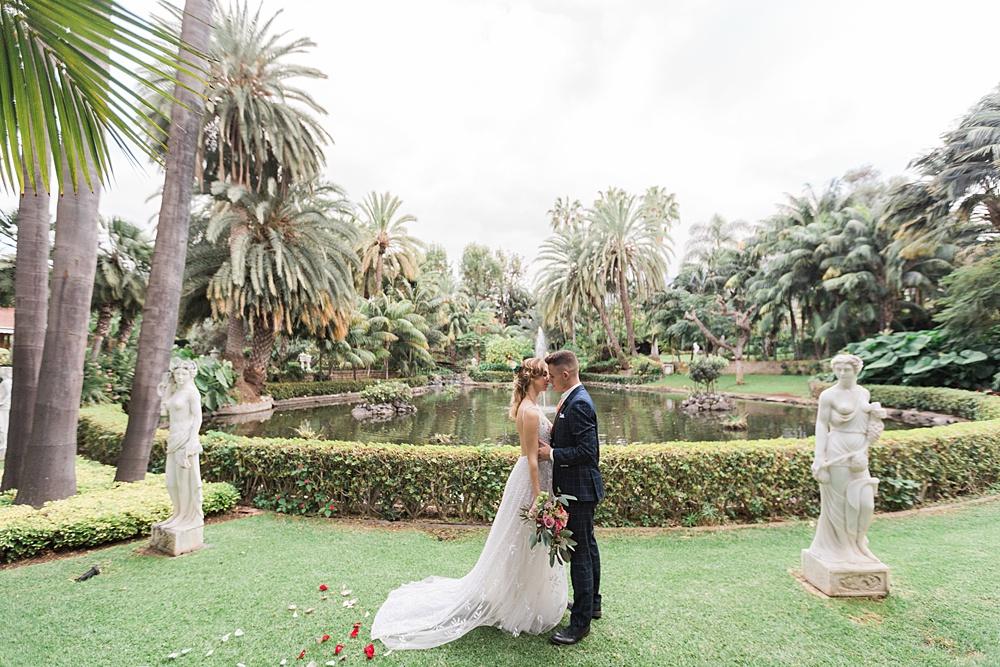 Elegant Botanical Garden Wedding