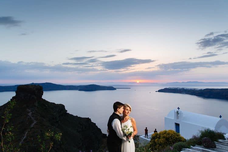 Elopment in the Dreams Luxury Suites in Santorini1