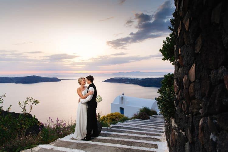 Elopment in the Dreams Luxury Suites in Santorini2