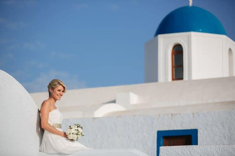Elopment in the Dreams Luxury Suites in Santorini21