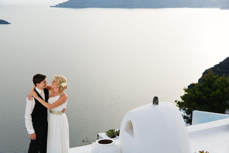 Elopment in the Dreams Luxury Suites in Santorini24