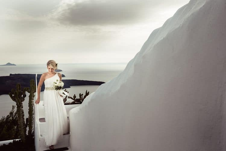 Elopment in the Dreams Luxury Suites in Santorini27