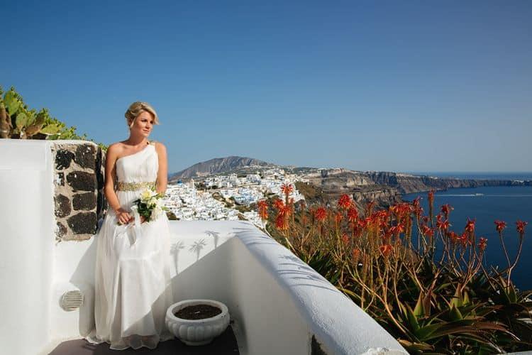 Elopement in Santorini