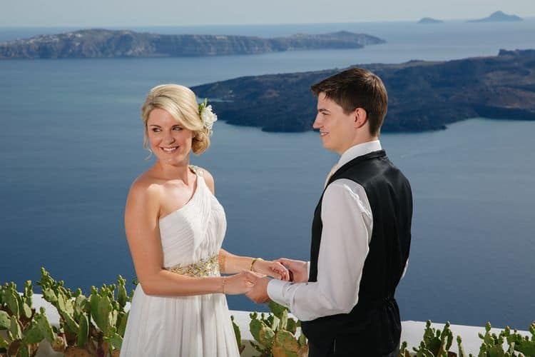 Elopment in the Dreams Luxury Suites in Santorini48