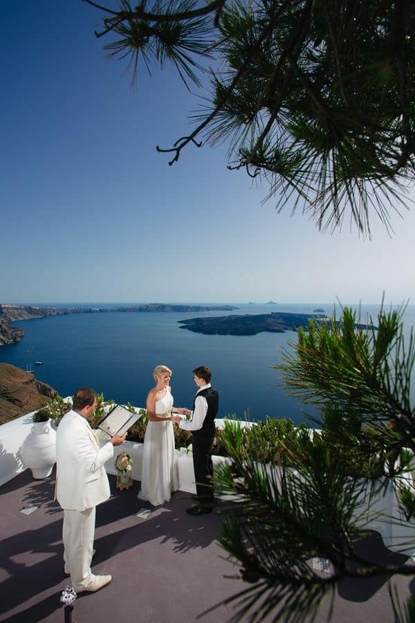 Elopment in the Dreams Luxury Suites in Santorini49