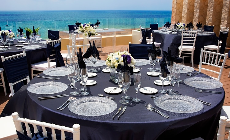Free destination wedding giveaway Royalton Riviera Cancun  0421