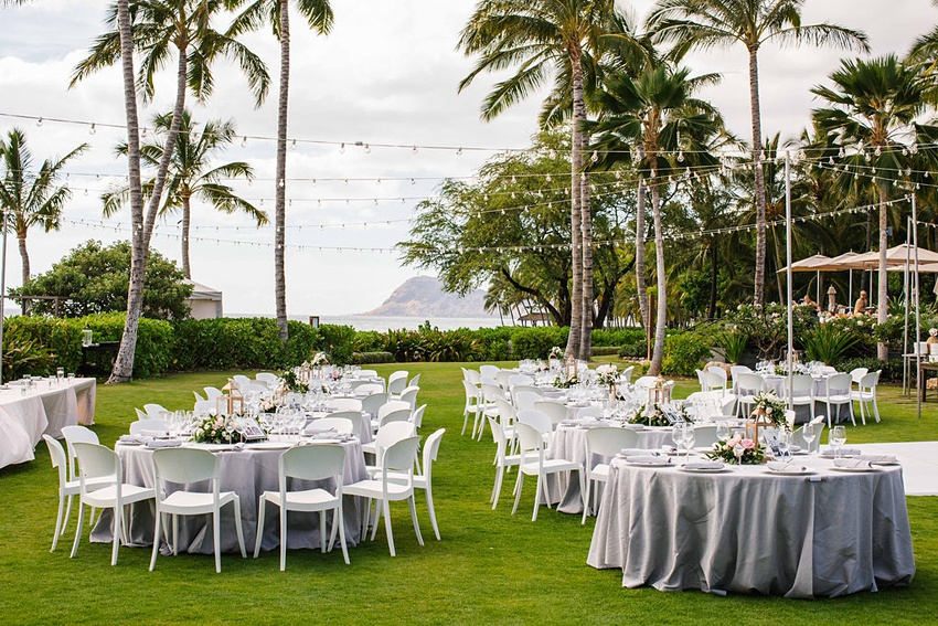 Garden destination wedding in Kapolei Hawaii 0015