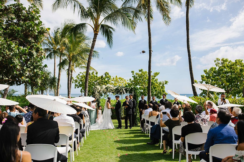 Garden destination wedding in Kapolei Hawaii 0016