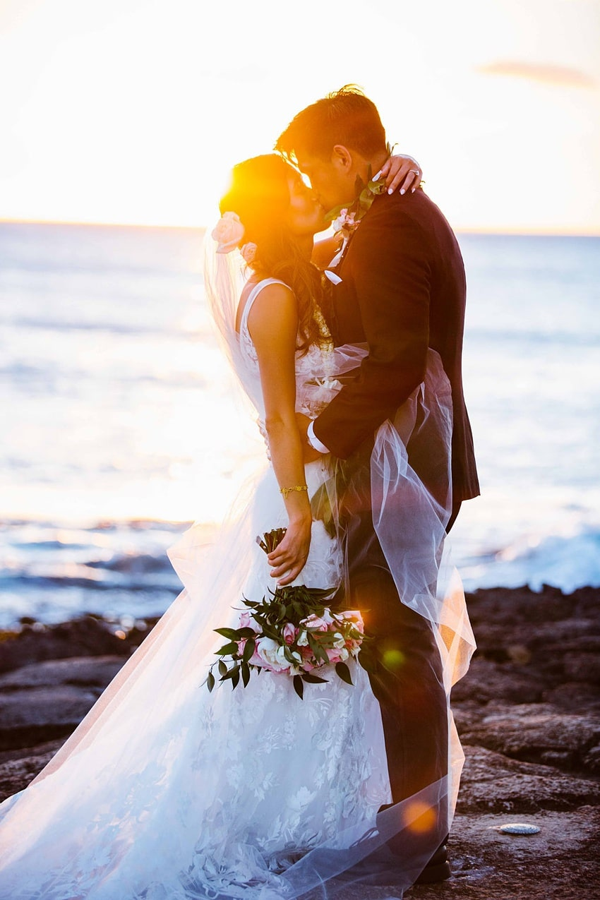 Garden destination wedding in Kapolei Hawaii 0029