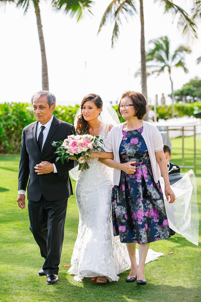 Garden destination wedding in Kapolei Hawaii 0092