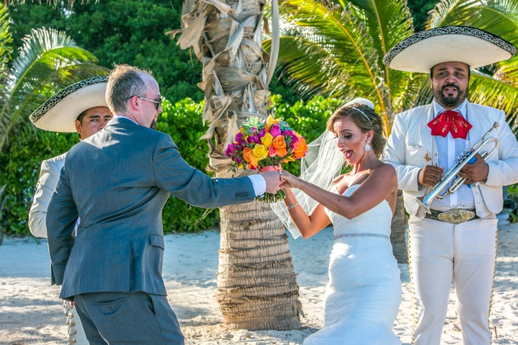 Grand Coral Beach Club wedding 18