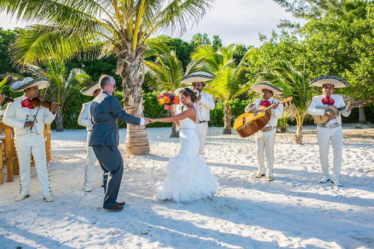 Grand Coral Beach Club wedding 19
