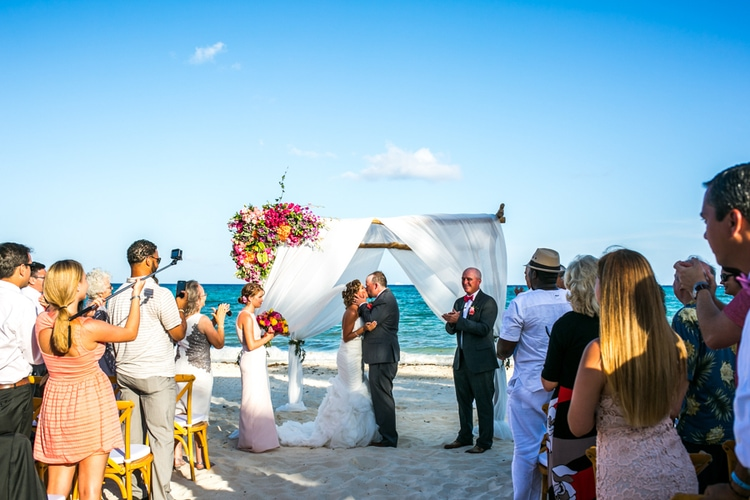 Grand Coral Beach Club wedding 21