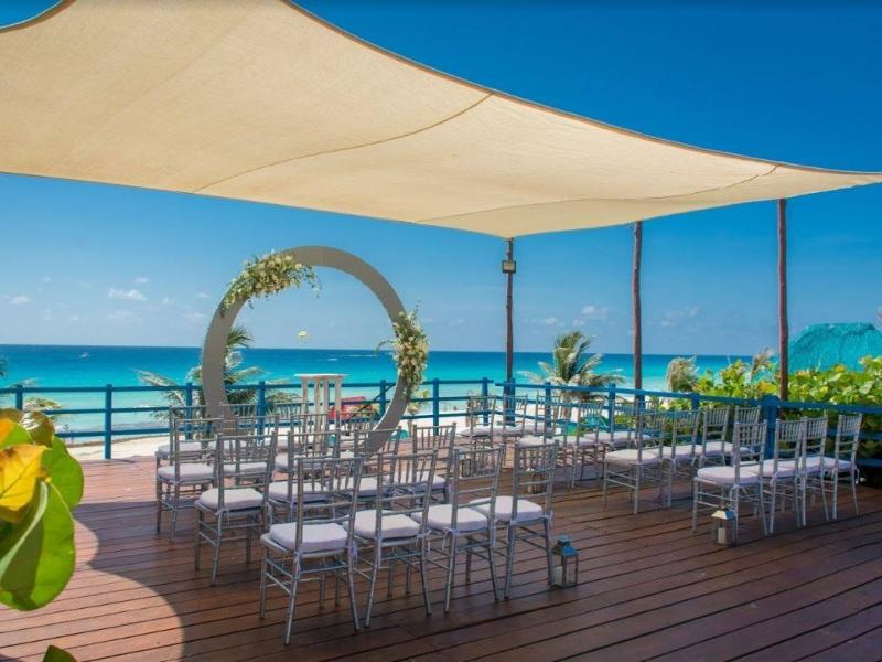 Grand oasis cancun wedding 1