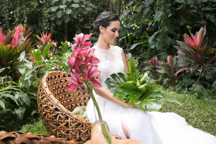 Hawaii garden wedding 106