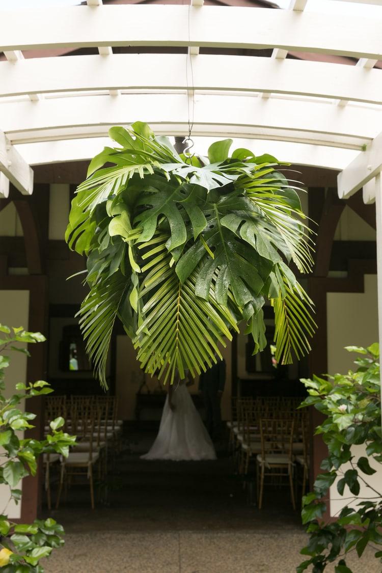 Hawaii garden wedding 43