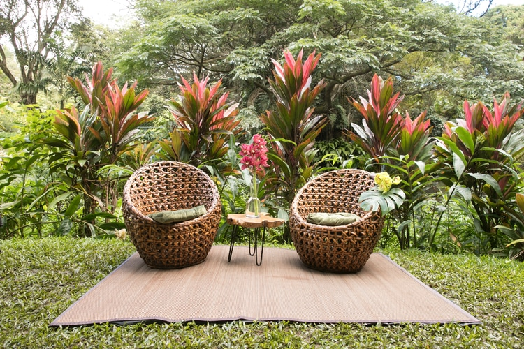 Hawaii garden wedding 95