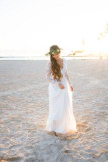 Hilton Hawaiian Village Wedding 12 214x320