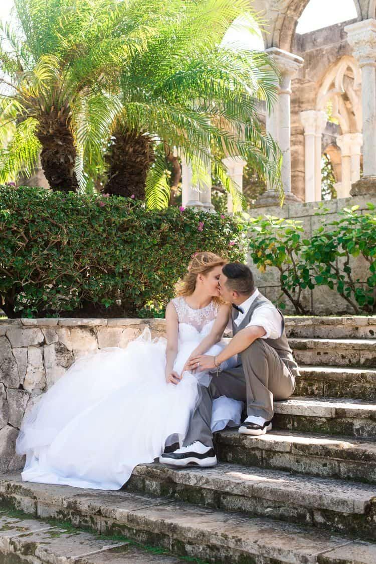 Intimate destination wedding in Nassau 1