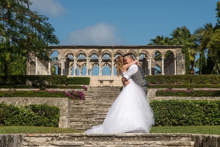 Intimate destination wedding in Nassau 19