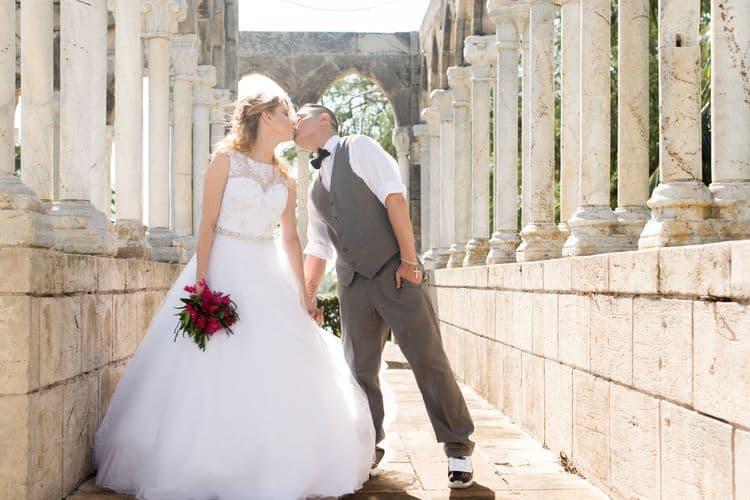 Intimate destination wedding in Nassau 36