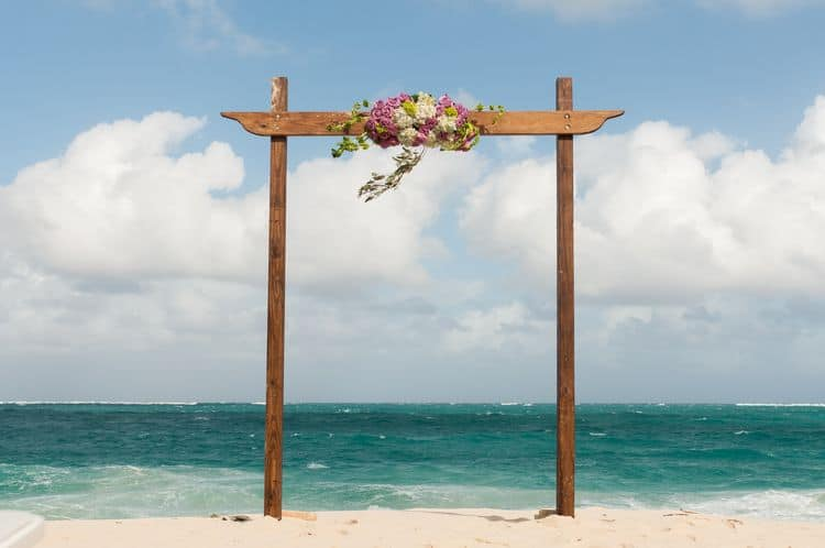 Cabbage beach wedding in the Bahamas