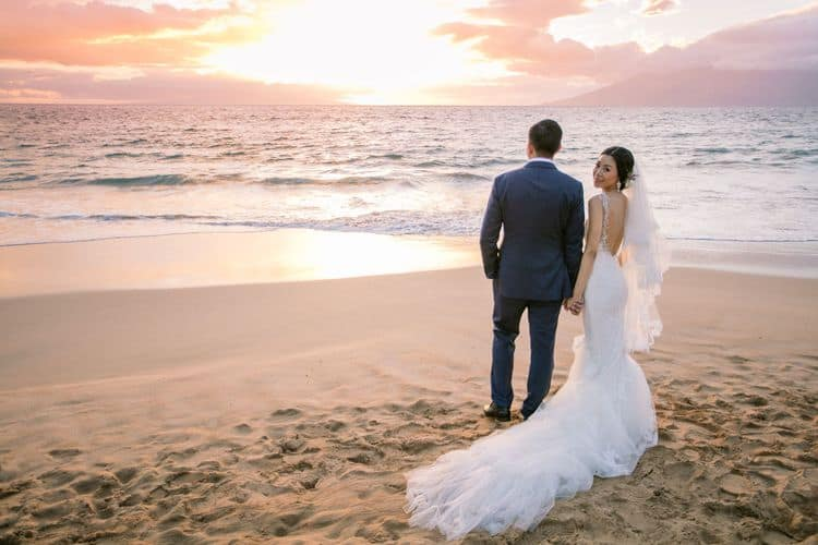 destination wedding in maui