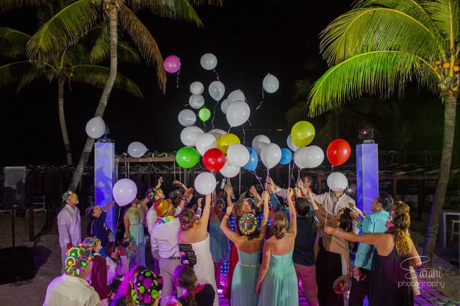destination wedding balloons released in air