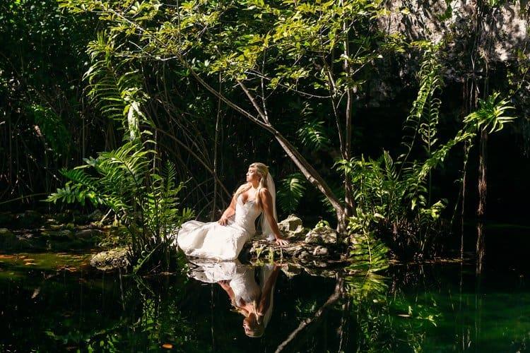 Riviera Maya Underwater Trash the Dress Photos 001