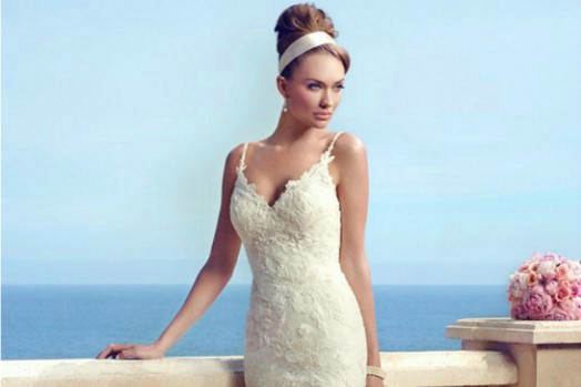 Beach Wedding Gowns | Destination Wedding Details