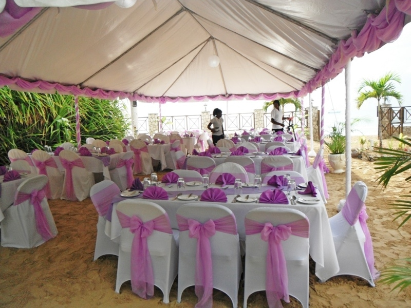 Tent reception lavender 1