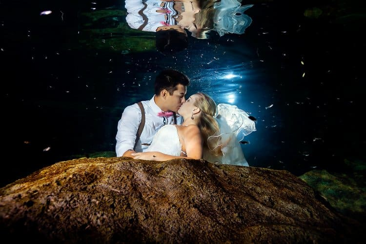 Underwater Trash the Dress Photos in the Riviera Maya 005