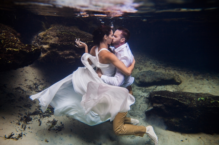Underwater Wedding Photography 8