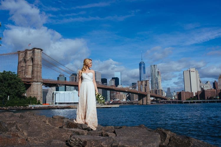 Wedding inspiration on the Brooklyn Bridge9