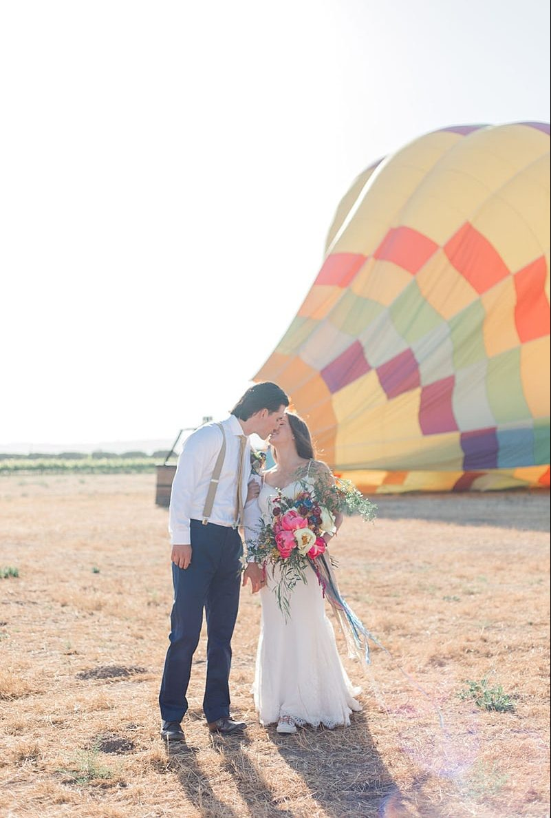 air balloon elopement 0079 e1549943612532
