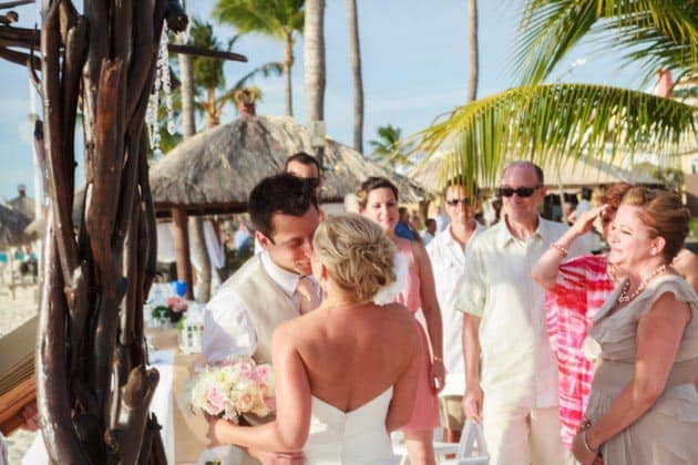 aruba bucuti wedding