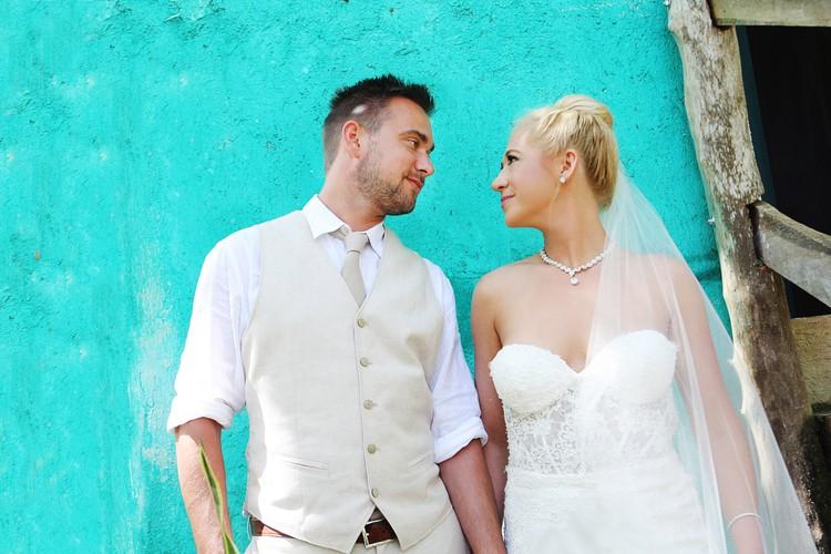 barefoot beach wedding in cancun 13
