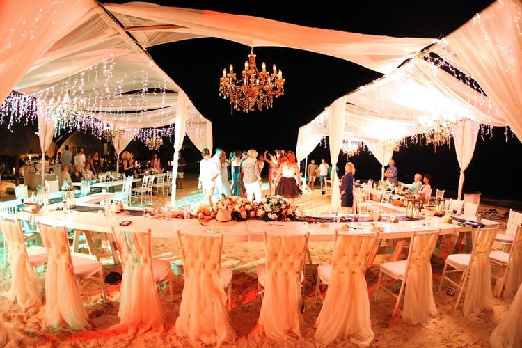 barefoot beach wedding in cancun 19