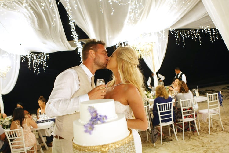 barefoot beach wedding in cancun 20