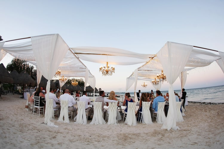 barefoot beach wedding in cancun 25
