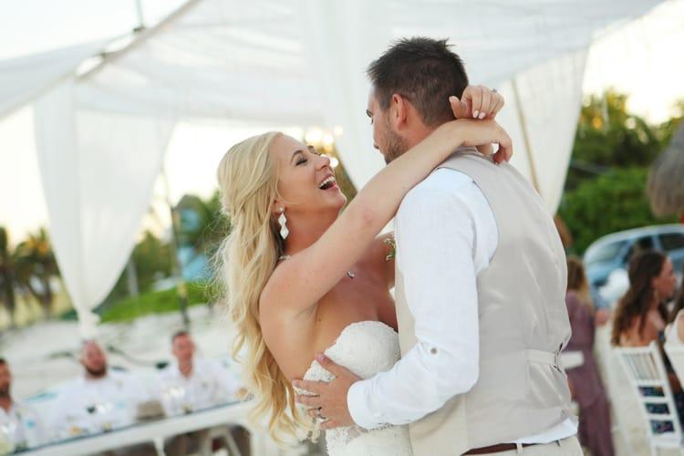 barefoot beach wedding in cancun 30