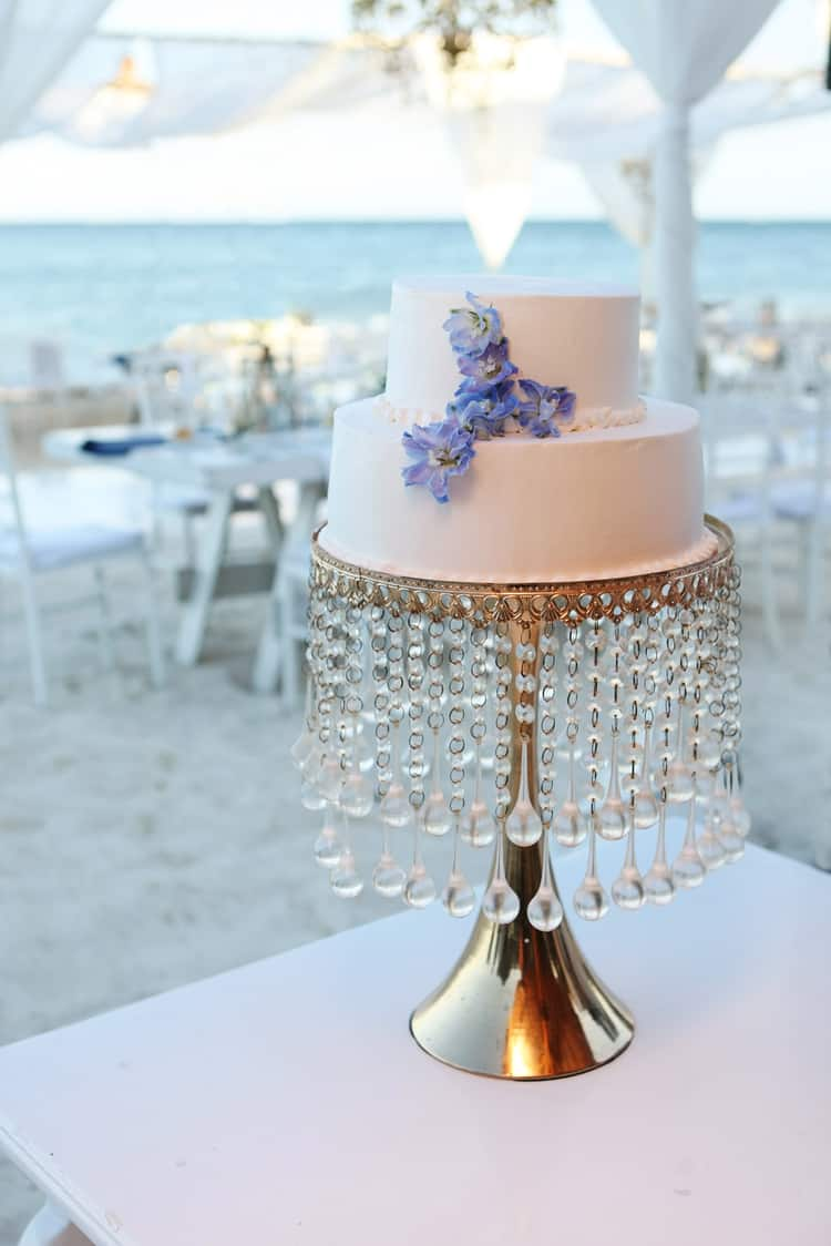 barefoot beach wedding in cancun 44