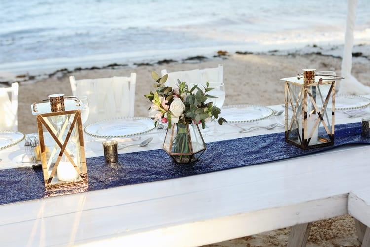 barefoot beach wedding in cancun 48