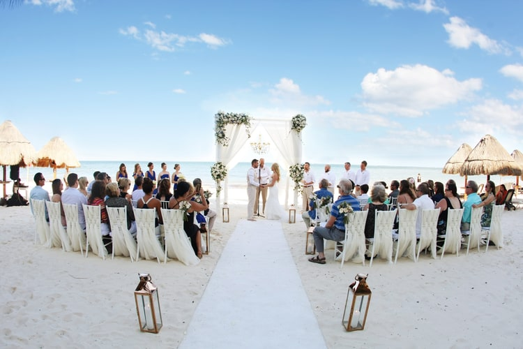 barefoot beach wedding in cancun 79