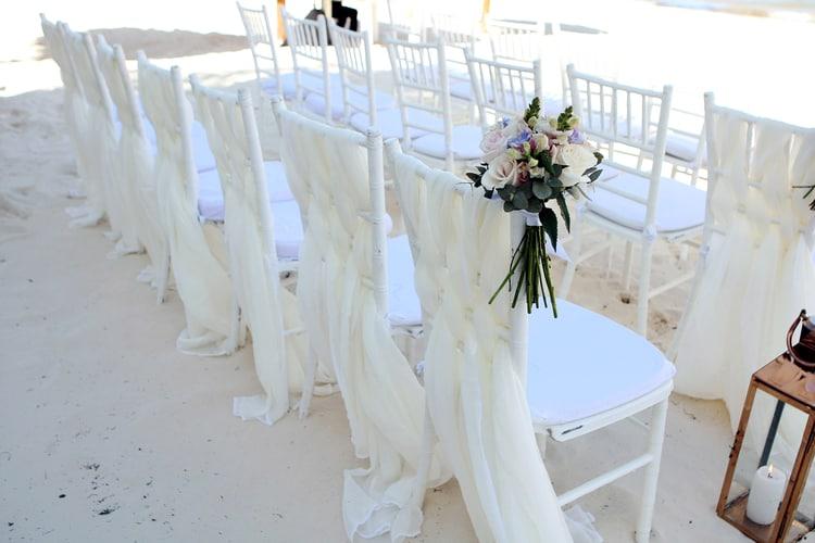 barefoot beach wedding in cancun 90