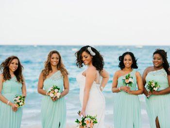 6 Beach Bridesmaid Dress Tips & Ideas