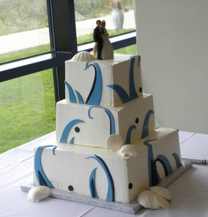 beach theme wedding cake 051