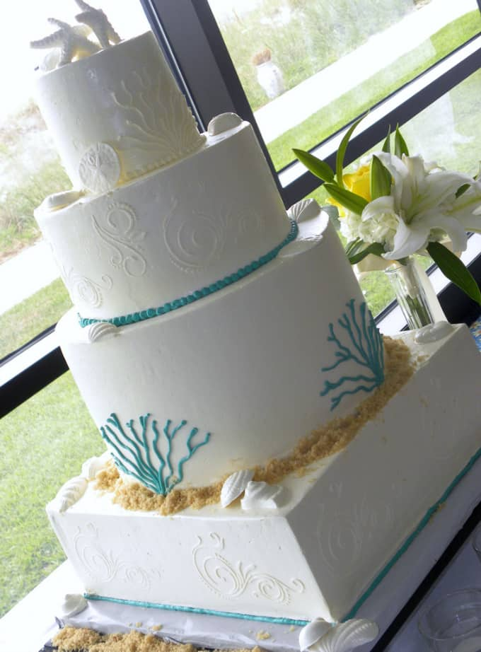 beach theme wedding cake 081