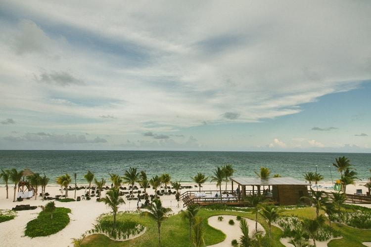 beach wedding at Royalton Riviera Cancun 131